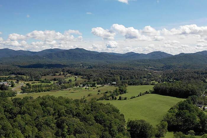 Extraordinary Vineyard Country Land