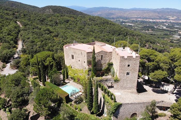 Sublime Chateau Pyrénées Orientales